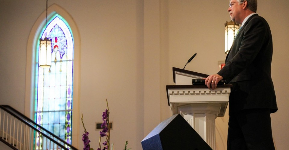 Hershael York preaching at Buck Run